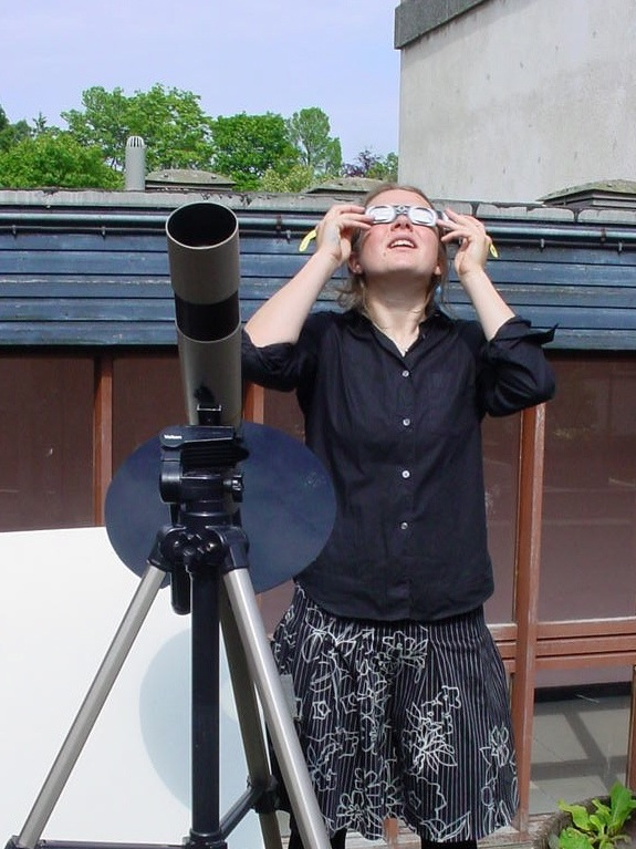Safe solar viewing technique at Tain Royal Academy