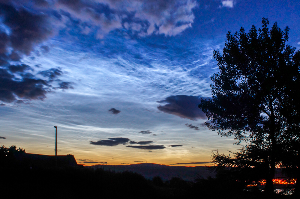 2014, July 7 Noctilucent Clouds by Phil